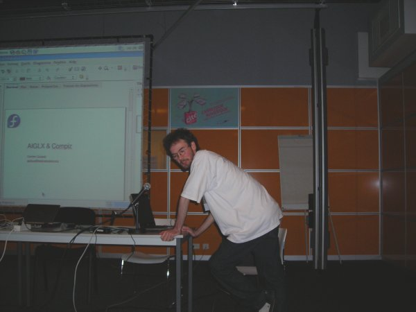 splinux_conference_paris_281006.jpg